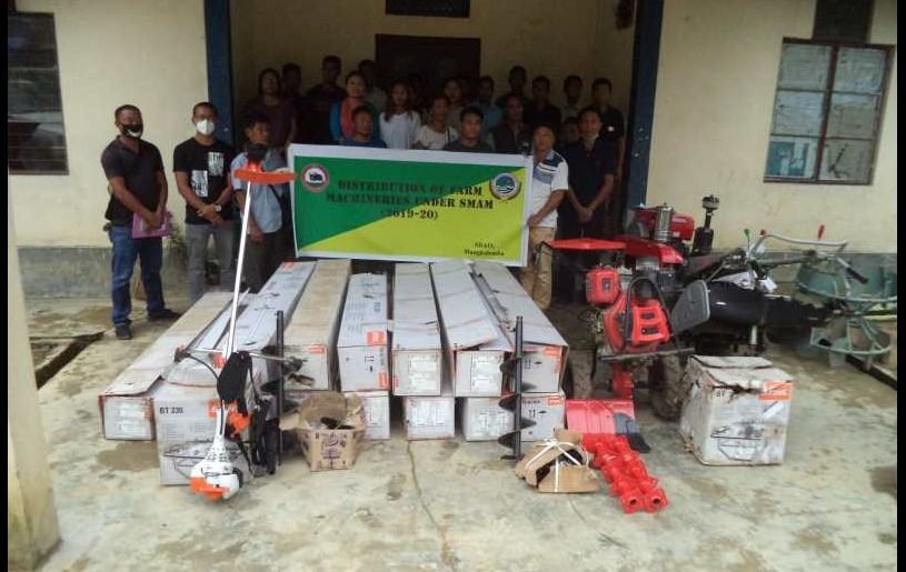 Department of Agriculture, Mangkolemba distributed farm machineries such as Power tiller, power cultivator, Brush cutters and post hole digger under SMAM on June 1. SDAO, Mangkolemba A Temsu Aier distributed the machineries to 30 farmer beneficiaries. (Photo Courtesy: SDAO, Mangkolemba)