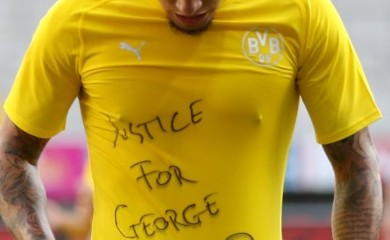 Borussia Dortmund's Jadon Sancho celebrates scoring their second goal with a 'Justice for George Floyd' shirt, as play resumes behind closed doors following the outbreak of COVID-19. (REUTERS File Photo)