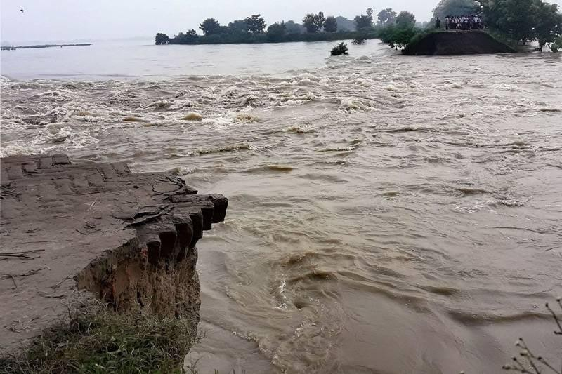 A damage dam in flood affected Gopalganj. (PTI Photo)