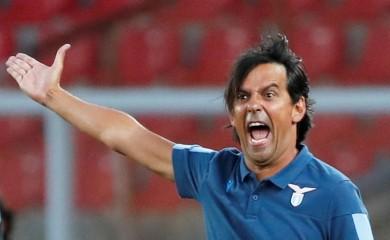Lazio coach Simone Inzaghi, as play resumes behind closed doors following the outbreak of the coronavirus disease (COVID-19) REUTERS/Ciro De Luca/Files