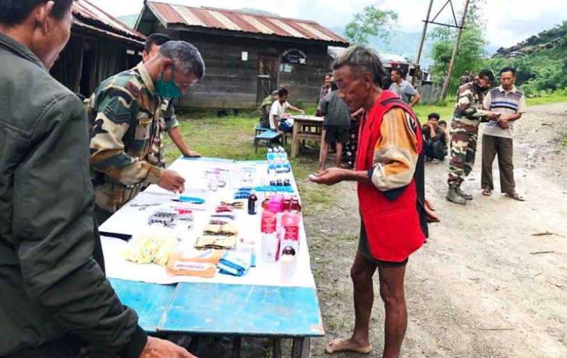 Tuensang Battalion of Assam Rifles under the aegis of HQ IGAR (North) organised a free medical camp at Yangkhao village and its surrounding areas. A press note from the AR stated that the aim of the medical camp was to provide free medical consultation and treatment for minor ailments to the local residents devoid of requisite medical facilities. Apart from medical assistance, basic awareness on hygiene and healthy lifestyle was also imparted. 70 Males, 91 Females and 77 children were treated during the camp. (Photo Courtesy: HQ IGAR North)