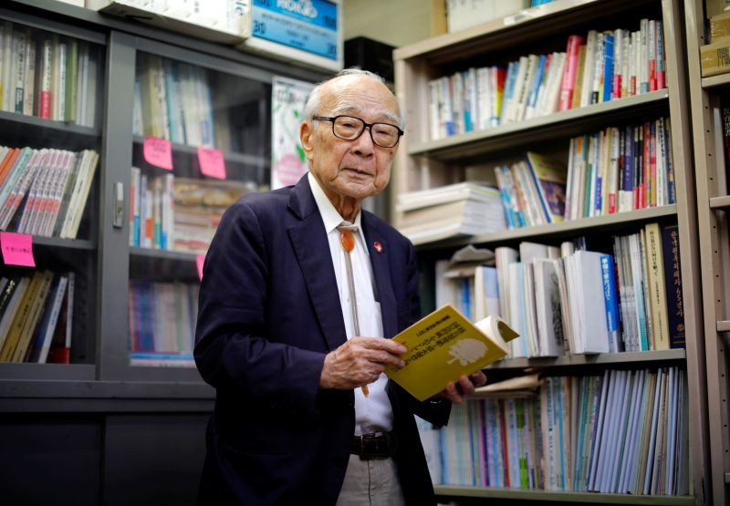 Terumi Tanaka, a Nagasaki atomic bombing survivor and co-chairperson of Nihon Hidankyo, a country-wide organisation of atomic and hydrogen bomb sufferers, poses for a photograph during an interview with Reuters at the Nihon Hidankyo office in Tokyo, Japan on July 30, 2020. (REUTERS File Photo)