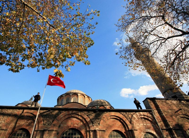 Turkish police officers stand guard atop the Kariye (Chora) museum, the 11th century church of St. Savior,  in Istanbul on November 28, 2007. (REUTERS File Photo)