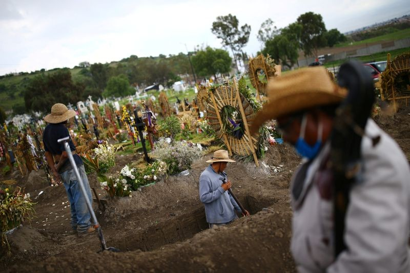 Cemetery workers dig new graves at the Xico cemetery on the outskirts of Mexico City, as the coronavirus disease (COVID-19) outbreak continues in Mexico on July 31, 2020. (REUTERS File photo)