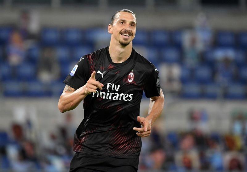 AC Milan's Zlatan Ibrahimovic celebrates scoring their second goal from the penalty spot. REUTERS/Alberto Lingria/File Photo