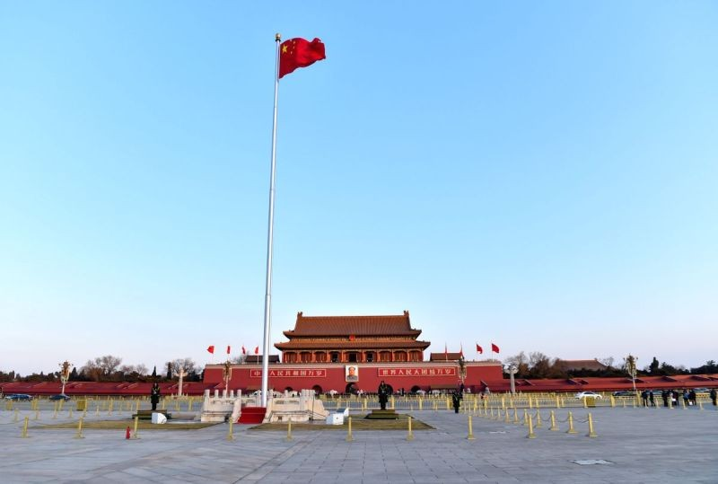 Photo taken on December 22, 2016 shows the morning scenery of the Tiananmen Square in Beijing, capital of China. Beijing lifted a red alert for air pollution on Wednesday night as cold air dispersed the smog that affect. (IANS File Photo)