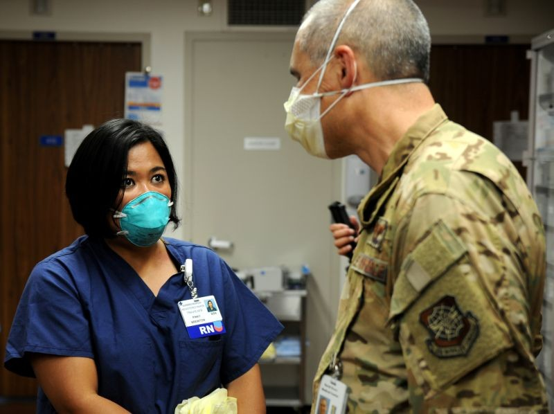 U.S. Air Force Major Pinky Brewton discusses hospital procedures with Air Force Colonel Justin Nast, the commander of COVID Theater Hospital, at Dameron Hospital in Stockton, California, US on July 22, 2020. (REUTERS File Photo)