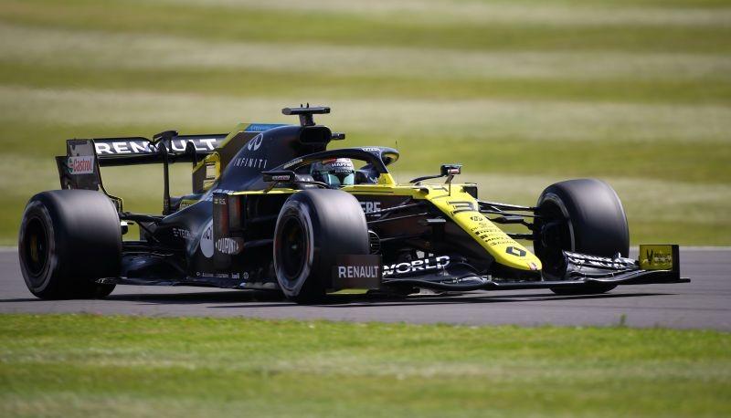 Daniel Ricciardo in action during practice Bryn Lennon/Pool via REUTERS