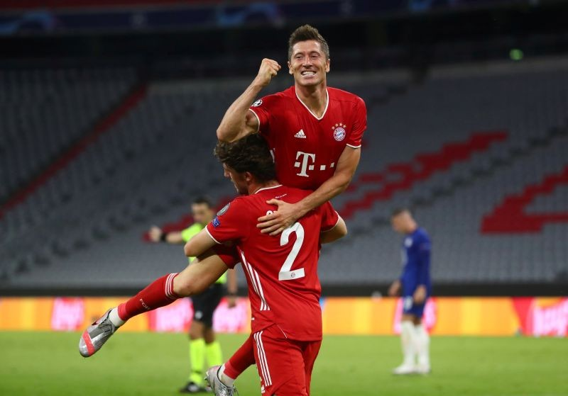Bayern Munich's Robert Lewandowski celebrates scoring their fourth goal, as play resumes behind closed doors following the outbreak of the coronavirus disease (COVID-19) REUTERS/Michael Dalder