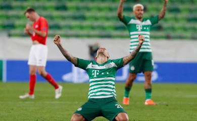 Ferencvaros' Marcel Heister celebrates after the match REUTERS/Bernadett Szabo