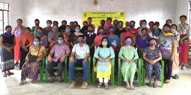Officials and participants during the field day on maize RCM 76 cum farmer scientist interaction held at Punglwa B village, Peren on September 23. (Photo Courtesy: KVK Peren)