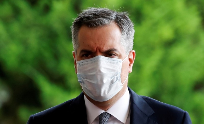FILE PHOTO: Newly appointed Lebanese Prime Minister Mustapha Adib wears a protective face mask as he arrives to attend a meeting with French President Emmanuel Macron at the presidential palace in Baabda, Lebanon September 1, 2020. REUTERS/Gonzalo Fuentes/Pool