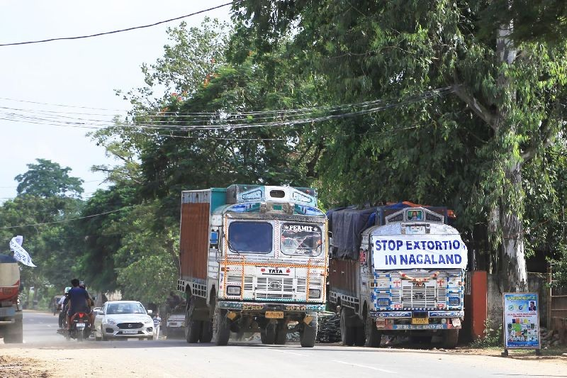 A Dimapur-bound truck, bearing a protest banner, parked on the side of NH 29 in Lahorijan on September 29 during the indefinite chakka jam called by truckers. (Morung Photo by Soreishim Mahong)