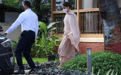 Bollywood actress Deepika Padukone leaves a guesthouse after she was questioned by Narcotics Control Bureau (NCB) officials in Mumbai on September 26. (Reuters Photo)