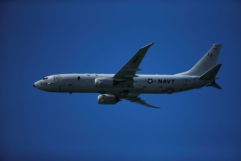 A Boeing P-8 Poseidon aircraft from the U.S. Navy flies during an international aerial and naval military exhibition commemorating the centennial of the Spanish Naval Aviation, over a beach near the naval airbase in Rota, southern Spain, September 16, 2017. (REUTERS File Photo)