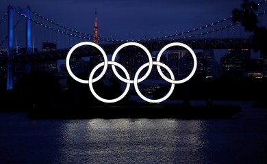 FILE PHOTO: The giant Olympic rings are pictured two days before the start of the one-year countdown to the Tokyo Olympics that have been postponed to 2021 due to the coronavirus disease (COVID-19) outbreak, at the waterfront area at Odaiba Marine Park in Tokyo, Japan July 21, 2020. REUTERS/Issei Kato/File photo
