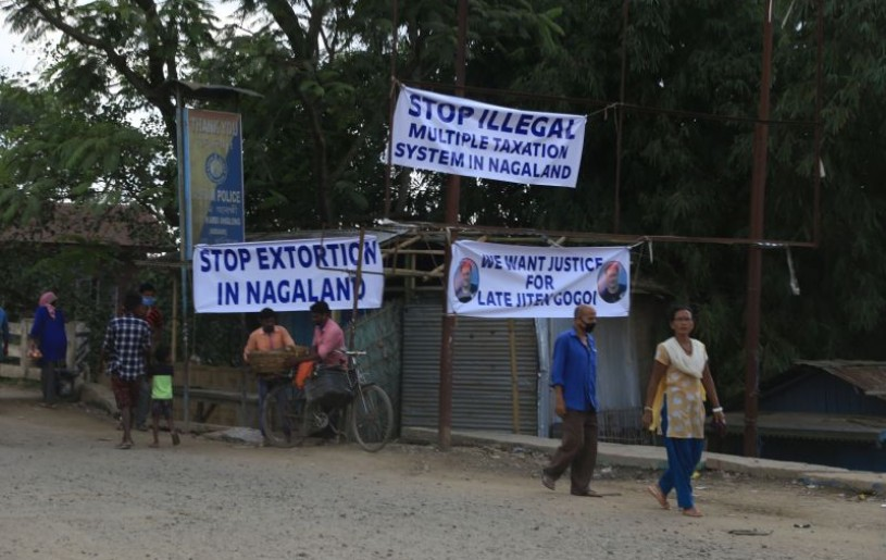 A protest banner put up by agitating truckers along NH-29 on September 29. (Morung Photo)