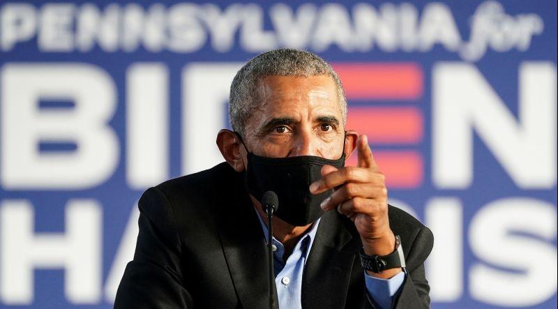 Former U.S. President Barack Obama speaks as he campaigns on behalf of Democratic presidential nominee and his former Vice President Joe Biden in Philadelphia, Pennsylvania, U.S., October 21, 2020. (REUTERS Photo)