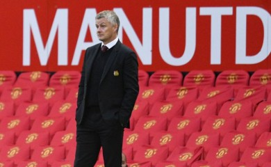 FILE PHOTO: Manchester United manager Ole Gunnar Solskjær Pool via REUTERS/Oli Scarff/File Photo