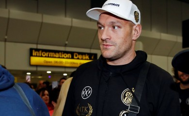 WBC Heavyweight boxing champion Tyson Fury arrives at Manchester Airport, in Manchester, Britain February 25, 2020. REUTERS/Phil Noble/File Photo