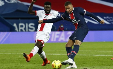 Paris St Germain's Kylian Mbappe scores their third goal REUTERS/Gonzalo Fuentes