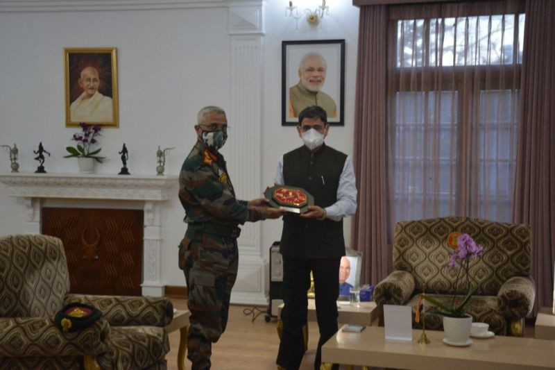 Chief of Army Staff, General Manoj Mukund Naravane with Nagaland Governor, RN Ravi at Raj Bhavan Kohima on November 24. (Photo Courtesy: PRO to Governor)