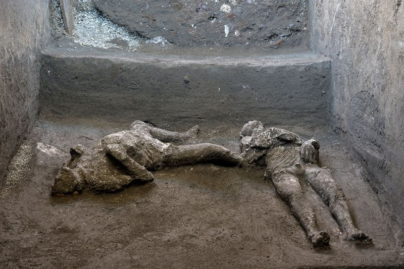 Remains of two men who died in the volcanic eruption that destroyed the ancient Roman city of Pompeii in 79 AD are discovered in a dig carried out during the coronavirus disease (COVID-19) pandemic in Pompeii, Italy November 18, 2020. (REUTERS Photo)