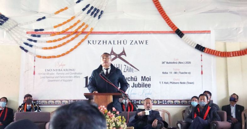 Minister for Planning and Coordination, Neiba Kronu addressing the 18th general session cum pre-golden jubilee celebration of Kuzhalhu Zawe at Pfutsero town on November 28.