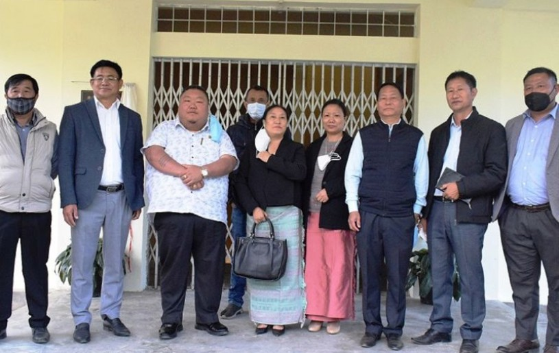 Minister Temjen Imna with officials during the inauguration of new facilities at Mt Tiyi College, Wokha on November 23. (DIPR Photo)
