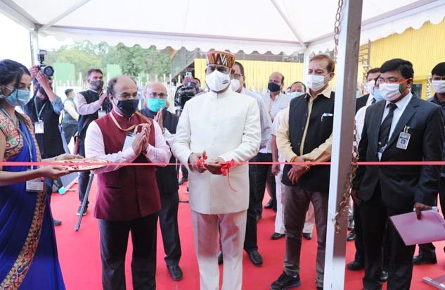 Lok Sabha Speaker Om Birla inaugurating the exhibit at Kevadia on November 25. (PIB Photo)