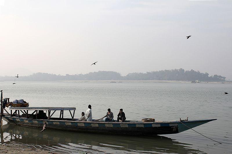 People fishing in the Brahmaputra River.(File Photo: Vitamin, CC0, via Wikimedia Commons)