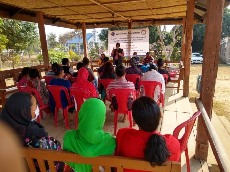 CSIR-CIMAP team conduct awareness programme on aromatic crops at Lhothavi Village in Dimapur.
