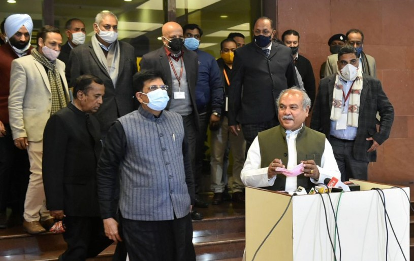 New Delhi: Union Minister for Agriculture and Farmers Welfare Narendra Singh Tomar along with Union Minister for Commerce and Industry Piyush Goyal and other dignitaries address the media after the ninth round of talks with farmer leaders over the new farm laws,  at Vigyan Bhawan in New Delhi, Friday, Jan. 15, 2021. (PTI Photo/Arun Sharma)