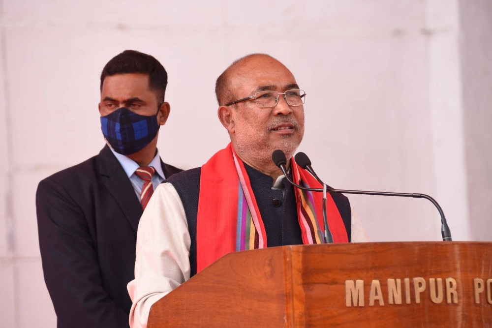 Manipur CM addressing the 'All communities' convention for a pledge against illegal poppy plantation' event on February 25. (NNN Photo)