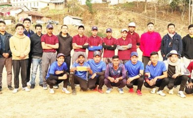 Winners of the 1st Super Six Cricket tourney with the organisers.