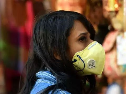 Shield yourself from Covid with three-layered masks: Experts - Morung Express