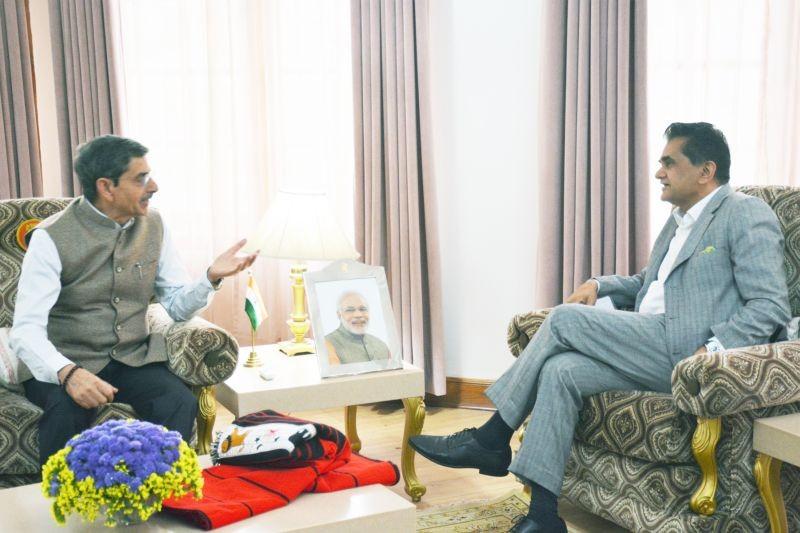 Governor RN Ravi with Niti Aayog CEO Amitabh Kant at the Raj Bhavan on April 6. (Photo Courtesy: PRO to Governor)