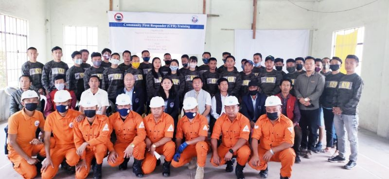 A five day long Community First Responder (CFR) training under Nagaland State Disaster Management Authority (NSDMA) in collaboration with DDMA Phek & SDRF Phek got underway at Khezhakeno village under Phek district on April 13. The training, hosted by Khezhakeno Youth Organization (KYO) will continue till April 17. Khrolou Koza Lohe, State Capacity Building &Training Officer, NSDMA spoke at the inaugural function. Vithwel Kweho, EAC Khezhakeno also delivered short speech. The programme was led by KYO advisor Pfuche Koza while welcome address was delivered by D Lhouchinyi, VCC, Khezhakeno. Vote of thanks was proposed by KYO president Senovielhou Koza.