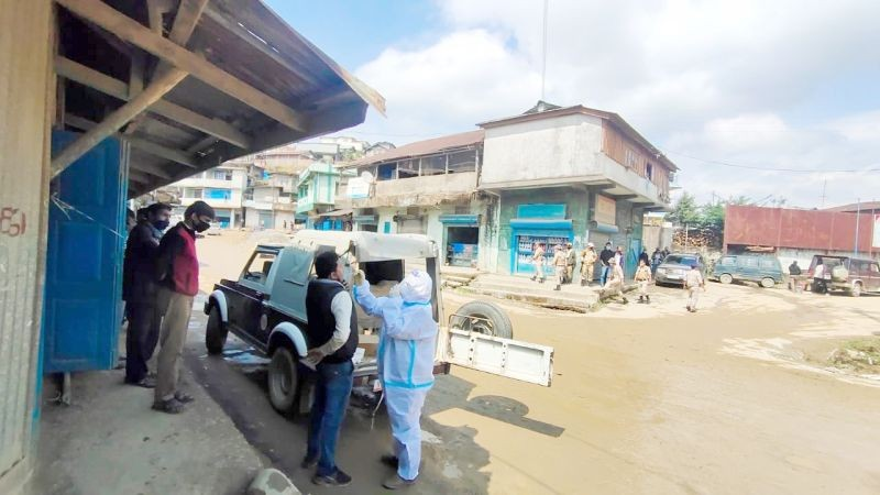 Random sample collection was carried out among shopkeepers, fuel outlet employees, garage mechanics etc by the Administration, Police and Medical Department, Zunheboto on May 6. Altogether, 24 samples were collected on Thursday. (Photo Courtesy: IEC Bureau, CMO Office, Zunheboto)