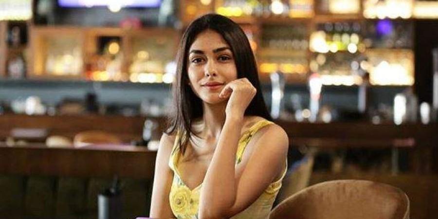 Bollywood actress Mrunal Thakur (Photo   Mrunal Thakur Instagram)