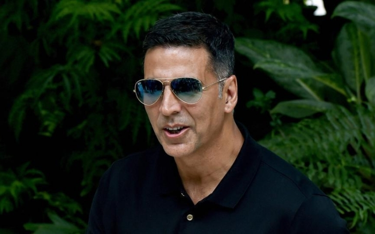 'Khiladi' Akshay gets 4th spot in highest paid actors list
